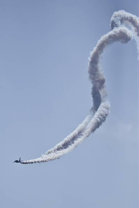 ブルーインパルス、 訓練飛行その2_c0077395_2135348.jpg
