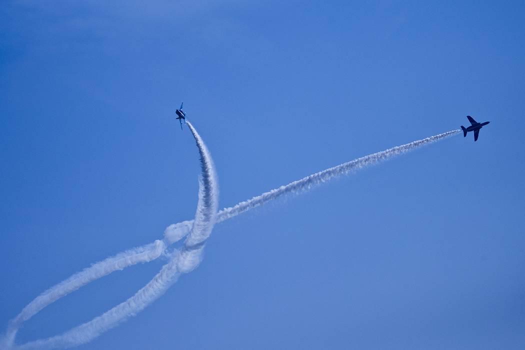 ブルーインパルス、 訓練飛行その2_c0077395_2154567.jpg