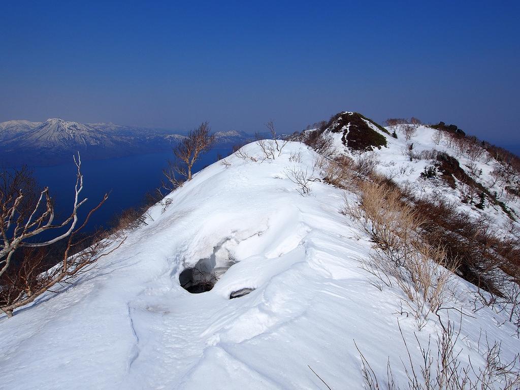 4月23日、風不死岳と樽前山-ゲートから風不死岳編-_f0138096_15342968.jpg