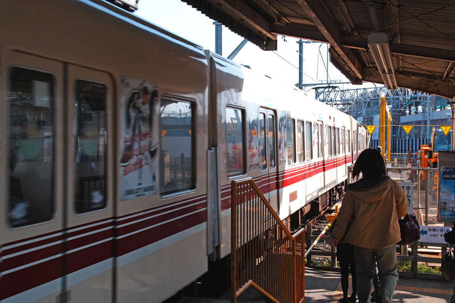 なつかしの構内踏切 ~初富駅~_c0223825_7292882.jpg