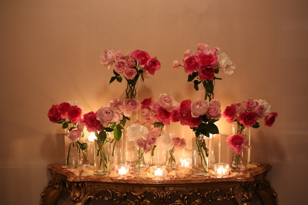 ローズピンクの装花 シェ松尾青山サロン様へ_a0042928_17403339.jpg