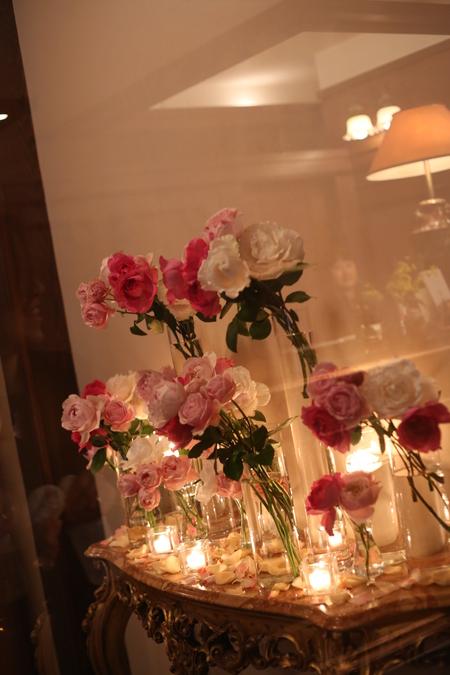 ローズピンクの装花 シェ松尾青山サロン様へ_a0042928_17485376.jpg