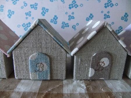 小さなお家シリーズ。_d0298628_1335414.jpg