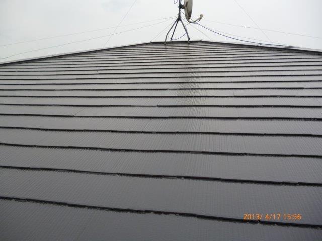 外壁・屋根の塗替えを始めています4(神奈川県秦野市)_e0207151_18445412.jpg