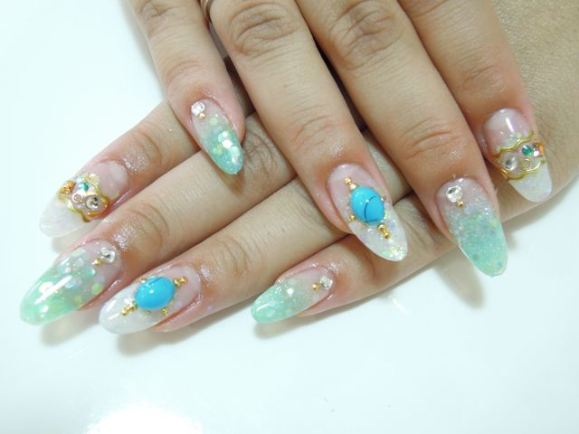 Turquoise Nail_a0239065_1703229.jpg
