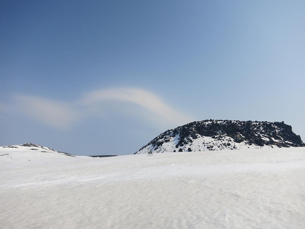 4月23日、風不死岳と樽前山-風不死岳からゲート編-_f0138096_20375628.jpg
