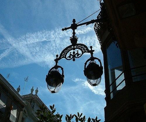 バルセロナの街頭_b0064411_55927100.jpg