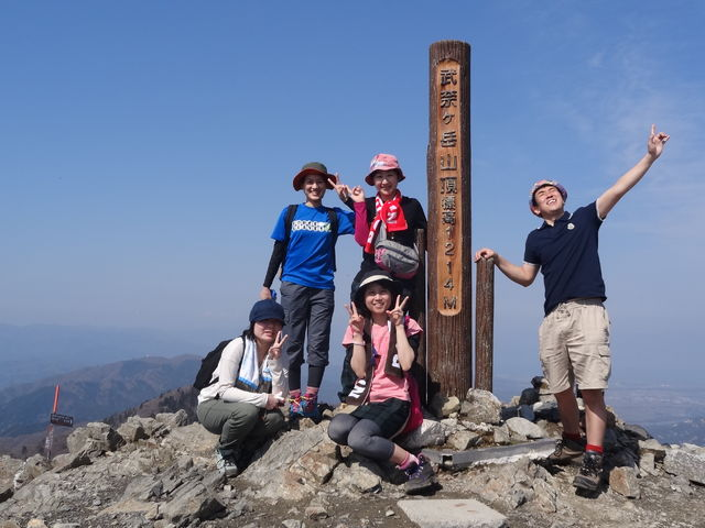 武奈ヶ岳てっぺんまで上がって下がる_e0052012_038726.jpg