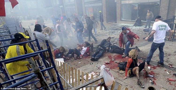 """「臭い芝居は元から絶たなきゃダメ!」:ボストンテロ負傷者たちは""""役者""""だった!_e0171614_13475244.jpg"""