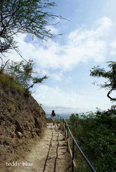Diamond Head Hiking, Hawaii  ダイアモンドヘッド ハイキング_e0253364_9311952.jpg