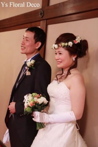 お色直しに白いウェディングドレス 花冠とクラッチブーケ_b0113510_19341146.jpg