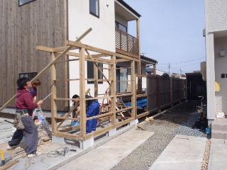 アトリエのある家 外構工事が進行中。_f0105112_7263573.jpg