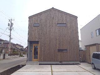 アトリエのある家 外構工事が進行中。_f0105112_7363120.jpg