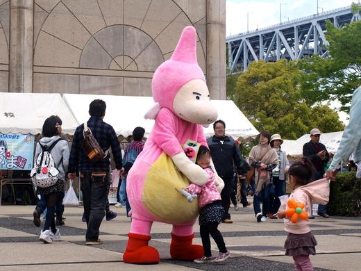 「福島の子どもたち香川へおいでプロジェクト」さかいで塩まつり2013 に参加 レポ  _b0242956_20343652.jpg