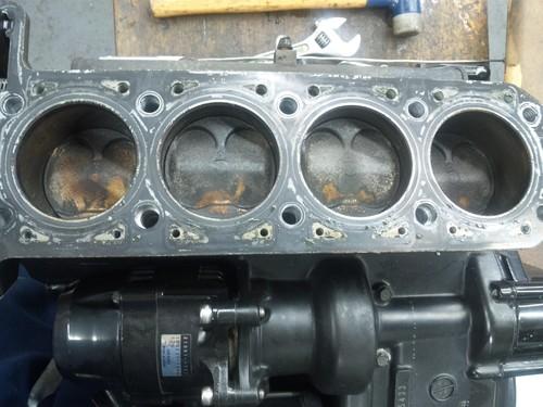 エンジンオーバーホール三昧!・・・めざせロングライフ!GPZ900R編その1_a0163159_22402979.jpg