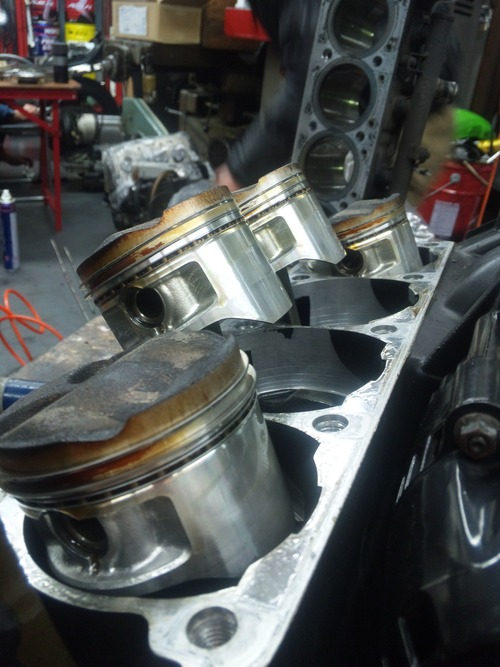 エンジンオーバーホール三昧!・・・めざせロングライフ!GPZ900R編その1_a0163159_22405135.jpg