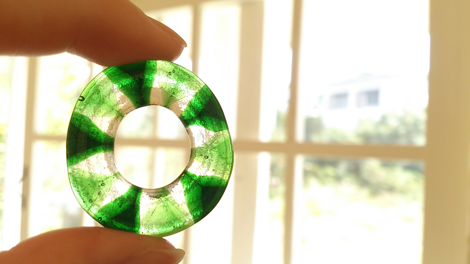 芍薬、胡蝶蘭、ガラスとしずくギャラリー。_b0240382_2271494.jpg