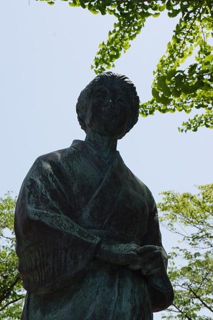 知覧特攻の歴史に祈り、開聞の南に消えた勇士に敬意、尖閣諸島問題を懸念、若者は日本の宝とすべし_d0181492_0184376.jpg