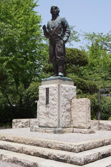 知覧特攻の歴史に祈り、開聞の南に消えた勇士に敬意、尖閣諸島問題を懸念、若者は日本の宝とすべし_d0181492_034248.jpg