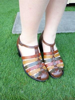 Enjoy Your Step!=Summer Shoes×Sale Shoes= _e0148852_20412846.jpg