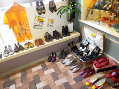 Enjoy Your Step!=Summer Shoes×Sale Shoes= _e0148852_2044505.jpg