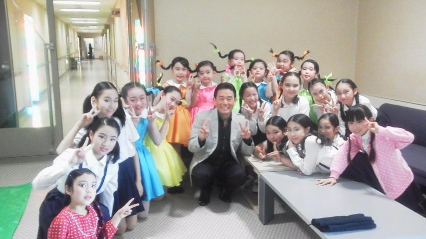 昨日はミュージカルに出演しました。_e0119092_12641.jpg