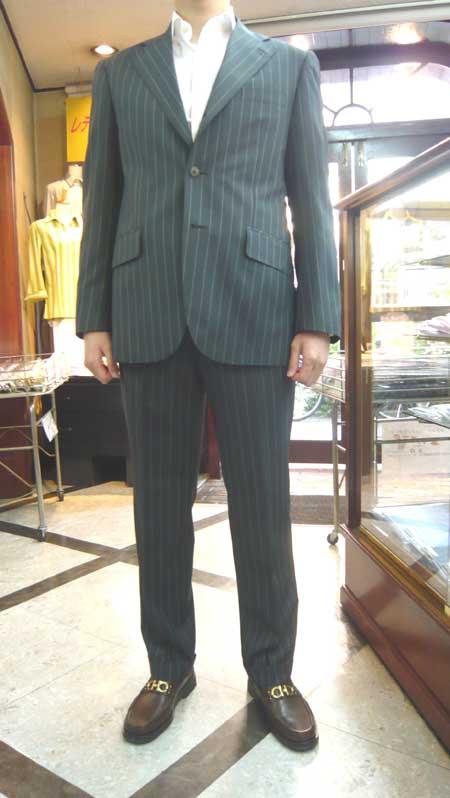 スーツ_a0110103_20503760.jpg