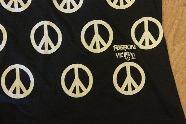 エロ、Peace、Fuck,漢字、ミッキー。_d0121303_16425211.jpg