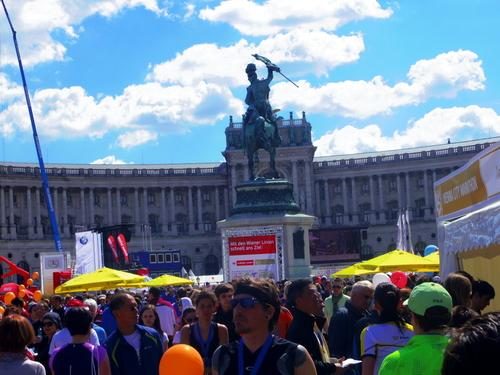 ウィーン&ロンドンへの旅(1)―ウィーンシティハーフマラソン_e0123104_8305655.jpg