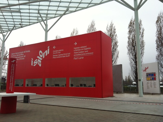 Oyadica goes to Milano Salone -DAY3/the day before opening-_f0236691_1593228.jpg