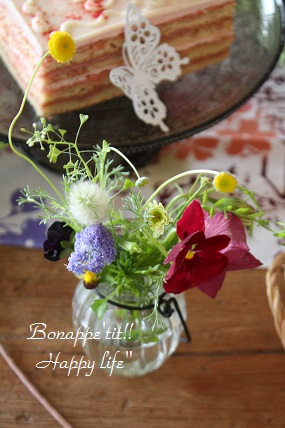 テーブルのお花。_c0127029_19491225.jpg