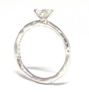 ダイヤモンドのエンゲージリングと笑顔のマリッジリング_e0170562_16252467.jpg