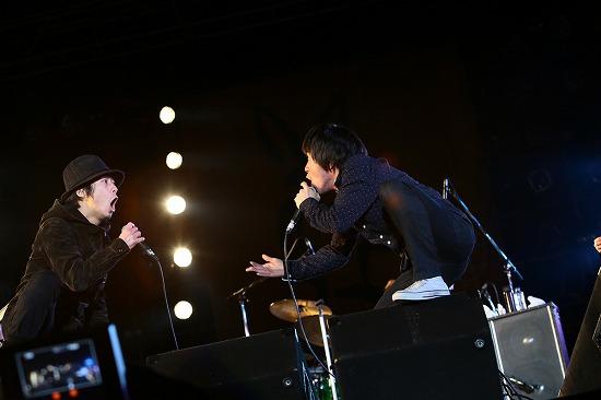 フラワーカンパニーズ ARABAKIで熱演、TBS『アーティスト』で「深夜高速」地上波初フル生演奏も_e0197970_12114778.jpg