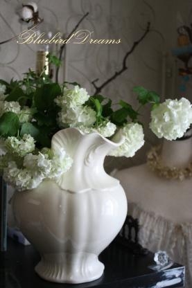 美しい花といたずらなチョコ。。_c0178104_18363342.jpg