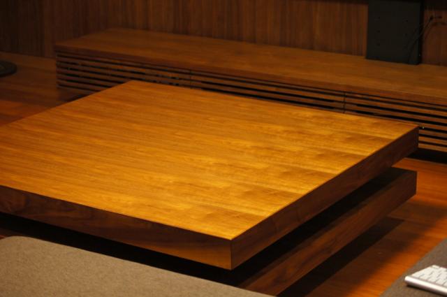 無垢ウォールナットのダイニングテーブル/ダイニングチェア(豊中市)_a0122528_0403764.png