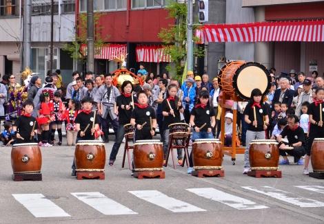 2013年 石動曳山祭_c0208355_14421083.jpg
