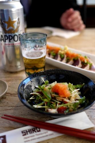 地元カナディアンでにぎわう日本食レストランSHIRO_d0129786_14121924.jpg