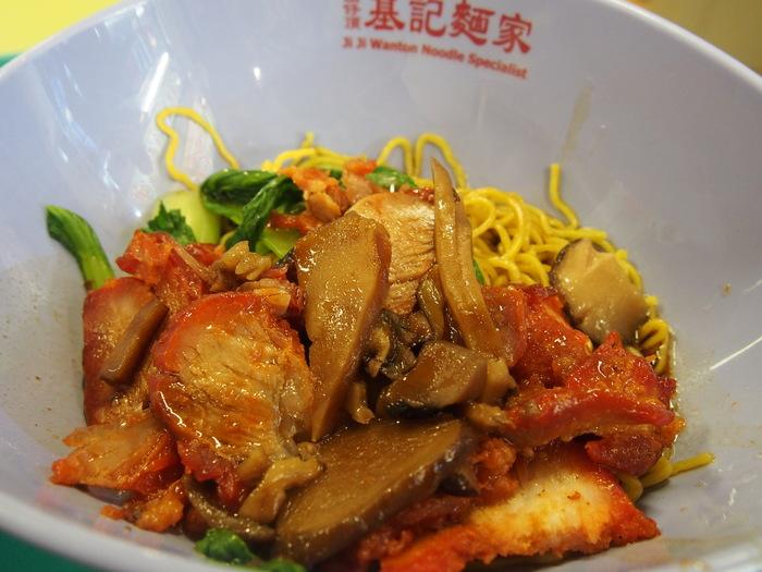 2013 4月 シンガポール (10) Hong Lim FC でチャーシュー麺を食べる_f0062122_8295472.jpg