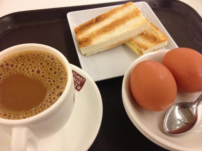2013 4月 シンガポール (10) Hong Lim FC でチャーシュー麺を食べる_f0062122_87147.jpg