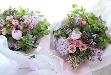 新郎新婦様からのメール ライラックカラーで ご両親様への贈呈用花束_a0042928_10111913.jpg