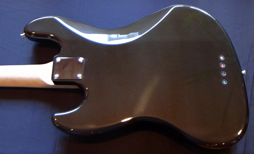 上野さんオーダーの「Modern J-Bass #015」が完成です!_e0053731_17475571.jpg