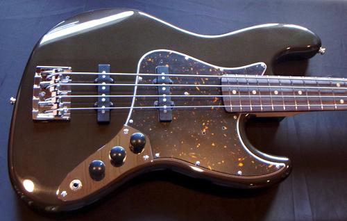 上野さんオーダーの「Modern J-Bass #015」が完成です!_e0053731_17482429.jpg