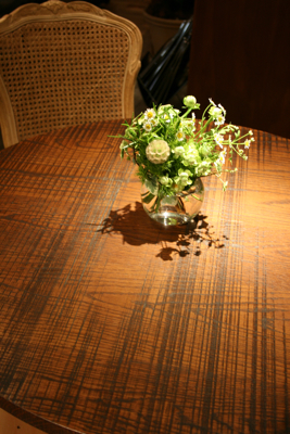 オシャレで個性的!!!な会場装花でした☆_e0149863_23514213.jpg