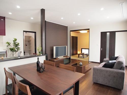 ◆ 新しい住まいが完成しました ◆_f0151251_1116552.jpg