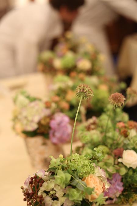 シェ松尾青山サロン様の装花 森のように、ティモテのCMのように_a0042928_942645.jpg