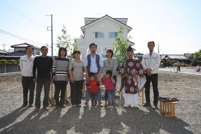 大間々町 O田様  地鎮祭おめでとうございました。_a0084859_1573123.jpg