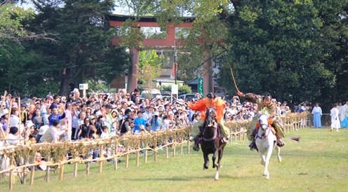 上賀茂神社の競べ馬、絵巻物の世界そのままに♪_b0067283_19391464.jpg