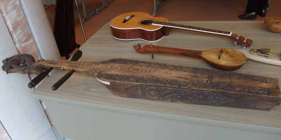さわれる楽器博物館_f0182885_10324591.jpg