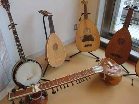 さわれる楽器博物館_f0182885_10333618.jpg