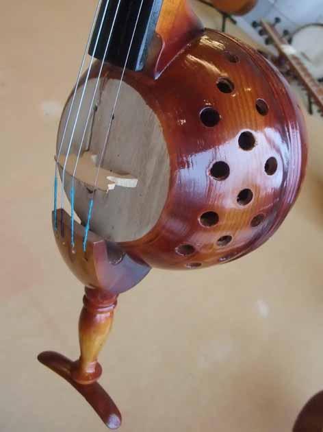 さわれる楽器博物館_f0182885_125245.jpg